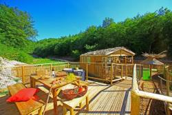 Rental - Cabane Mobile 32 m² / 2 bedrooms - sheltered terrace - Camping Club Périgord Vacances