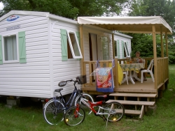 Rental - Mobilhome Titania, Toilet, Shower, 2 bedrooms, covered terrace - Le Plein Air des Bories