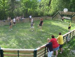 Sport Camping Chalets Résidentiels Saint James Les Pins - Guillestre