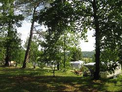 Pitch - Package: Pitch + tent or caravan - Camping Naturiste Le Coteau de l'Herm