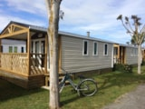 Rental - Cottage 27M² / 2 bedrooms - semi-covered terrace - - Camping La Prairie ****
