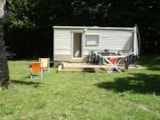 Rental - Mobile home Tilleul (2 bedrooms without sanitary) 15m² + terrace 12.50m² - Domaine de Corneuil