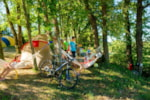 Pitch - Nature package (Zen pitch, with 2 people included) - Camping Sites et Paysages LES PASTOURELS