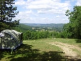 Pitch - Confort Pitch With View (2 People Included) - Camping Sites et Paysages LES PASTOURELS