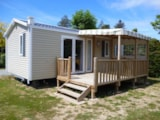 Rental - Mobile home Grand Confort 27m² / 2 bedrooms - covered terrace - Camping Domaine des Salins