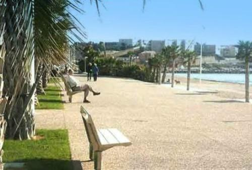 Regio Camping Les Playes - SIX FOURS LES PLAGES