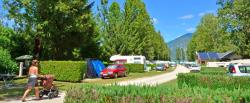 Pitch - Pitch + Vehicle - CAMPING LES PEUPLIERS