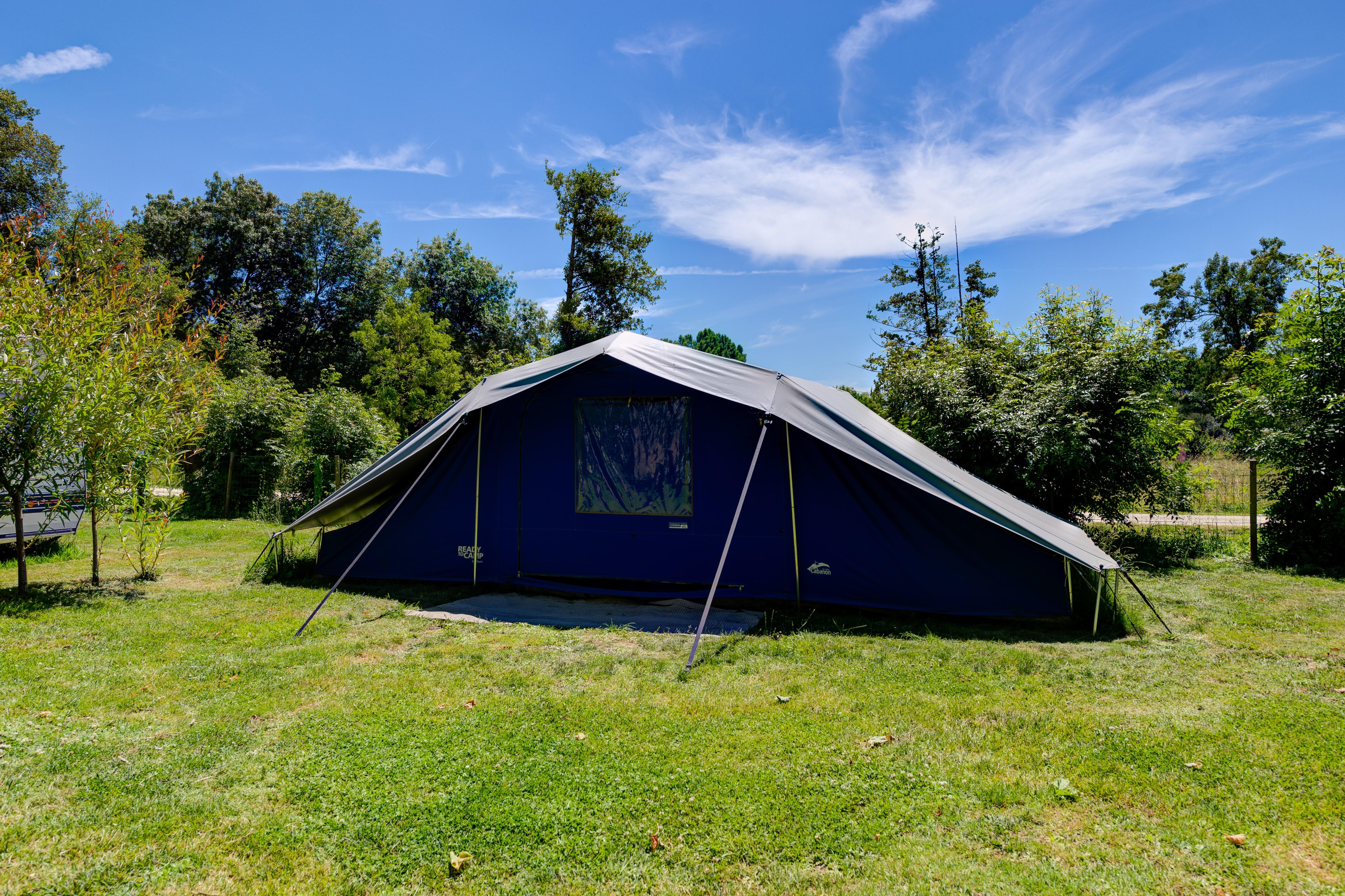 Stellplatz - READY TO CAMP Package - Flower Camping La Venise Verte