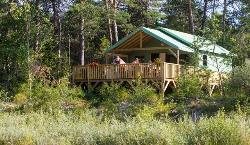 Lodge Castor Premium (River View)