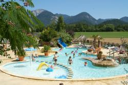 Bathing Camping L'hirondelle - Menglon