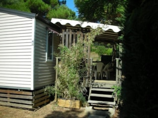 Mobilhome le Cabasson - sheltered terrace 10m² Max 4 adults