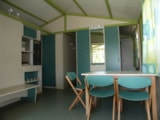 Rental - Chalet Vignasse - sheltered terrace 10m² Max 4 adults - Camping Lou Cabasson