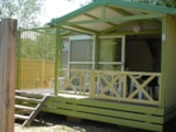 Rental - Chalet le Pellegrin - sheltered terrace 10m² Max 2 adults - Camping Lou Cabasson