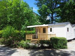 Accommodation - Cottage Résidence 26M². 1 Bedroom With A Double Bed, 1 Bedroom With 2 Single Beds, Living Room With A Convertible - Camping Le Colombier