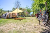 Pitch - Equipped Big Size Pitch: Relax - Camping Sites et Paysages LE MOULIN