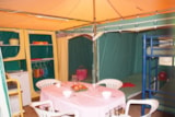 Rental - Canvas Bungalow Eco 16m² (2 bedrooms - without toilet blocks) - Flower Camping Le Château