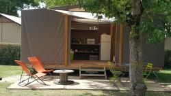 Huuraccommodatie - Bungalow Maori Confort 17M² (1-2 Kamers- Zonder Sanitair- Without Water) - Flower Camping Le Château