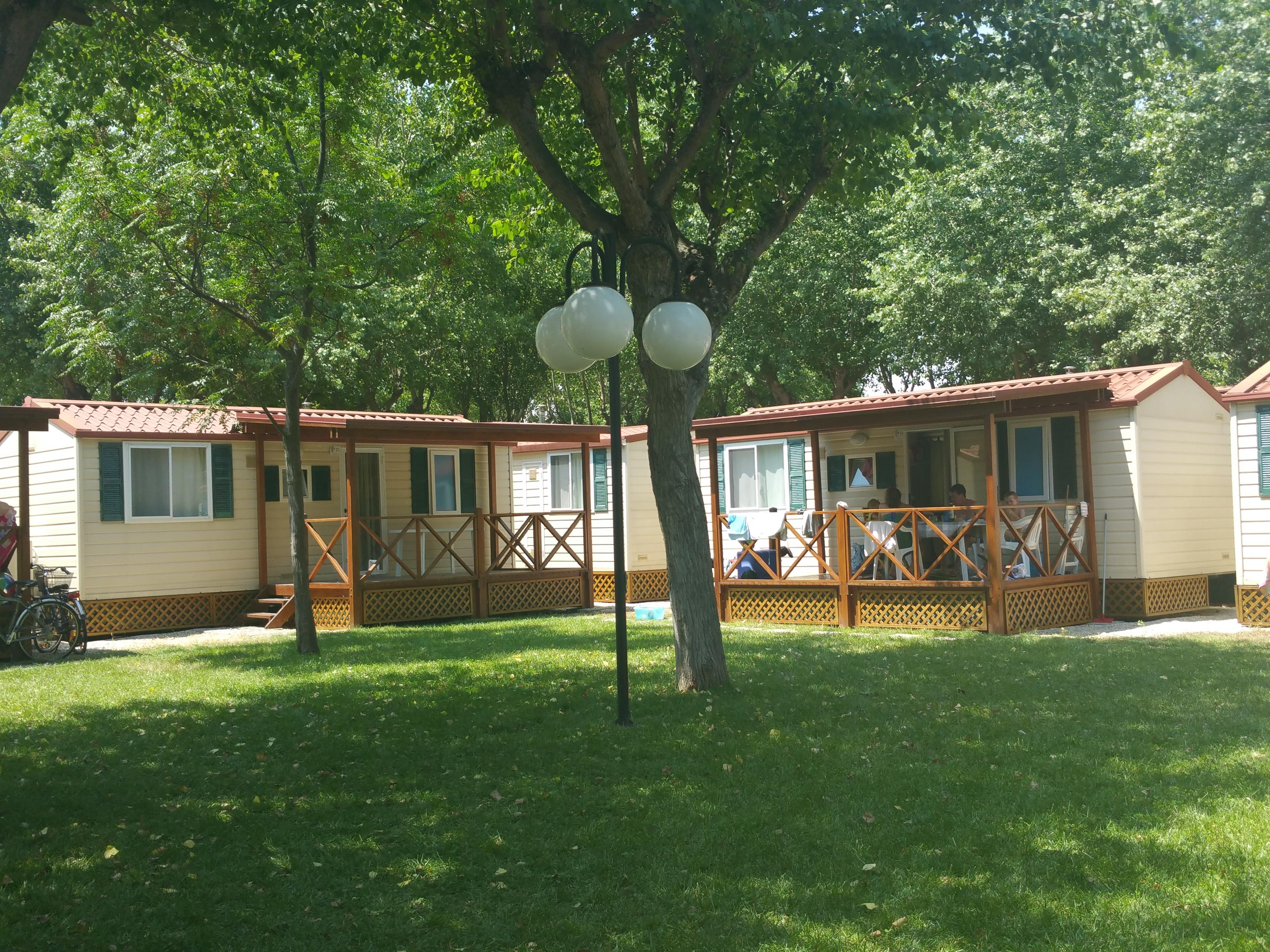 Location - Mobilhome Traminer 2 Chambres + Tv + A/C - Camping Village Eurcamping Roseto