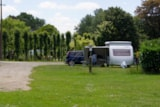 Pitch - Pitch + Caravan Or Camping-Car - Camping Les Tournesols
