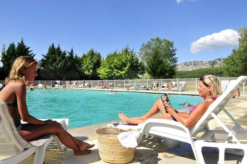 Bathing Homair - Camping Les Rives du Luberon - CHEVAL BLANC