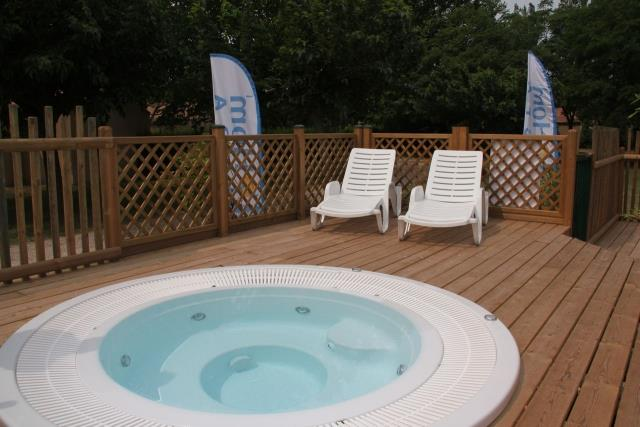 Services & amenities Homair - Camping Les Rives du Luberon - CHEVAL BLANC