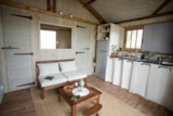 Rental - Wooden cabin Lodge Africa 39m² (2 bedrooms) + sheltered terrace - Airotel Camping La Source
