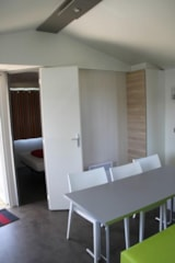 Rental - Mobil-home Cortès 32m² (3 bedrooms) + covered terrace - Camping L'Escapade