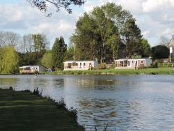 Mobil Home 36M² (3 Bedrooms 2 Bathrooms) + Terrace On The Edge Of The Pond