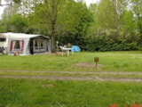 Pitch - Nature Package (1 tent, caravan or motorhome / 1 car) - Flower Camping Les 3 Ours