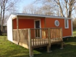 Rental - Mobile home Confort 27.3m² TV (2 bedrooms) + Half covered terrace - Flower Camping Les 3 Ours
