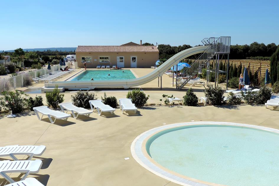 Etablissement Camping Le Garrigon - Grillon