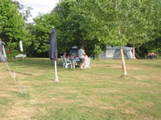 Camping Pitch including 6 amp electricity (MX)