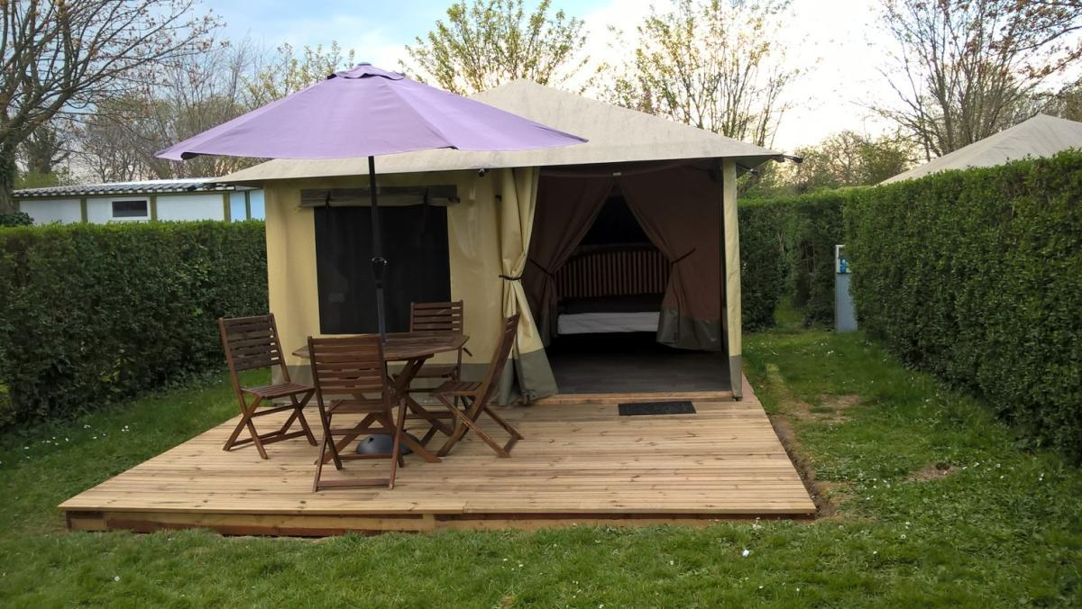 Alojamiento - Bungalow Toilé - 2 Rooms - 4 People - 16M² - Camping Reine Mathilde