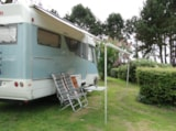 Pitch - Nature Package (1 tent, caravan or motorhome / 1 car) - Flower Le Domaine du Rompval