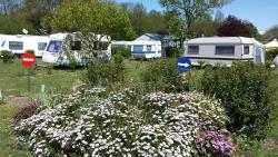 Privilege Package (1 tent, caravan or motorhome / 1 car / electricity 13A) + Water point