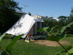 Pitch tent/caravan (with electricity)