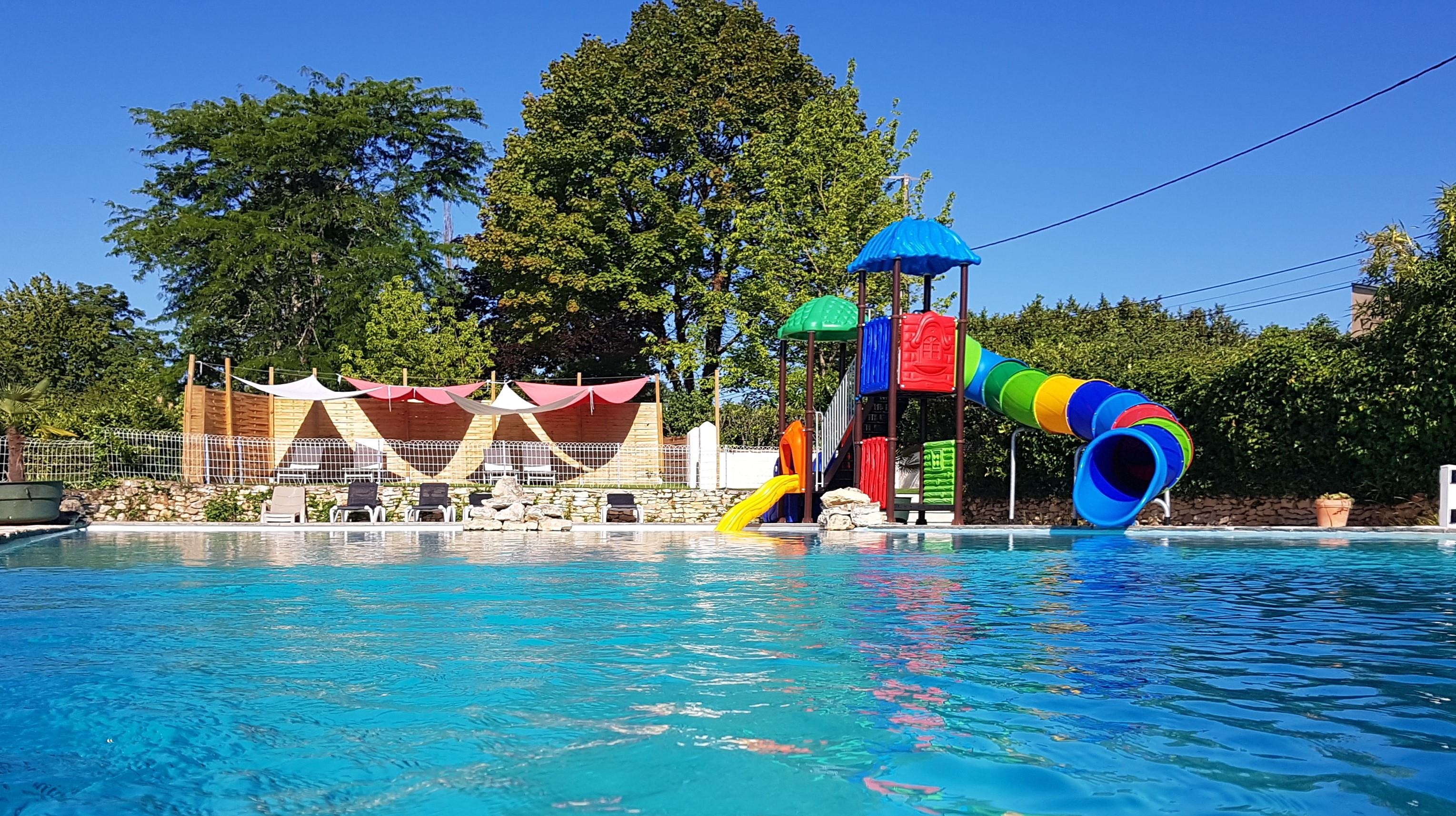 Establishment Camping Bleu Soleil - Rouffignac Saint Cernin