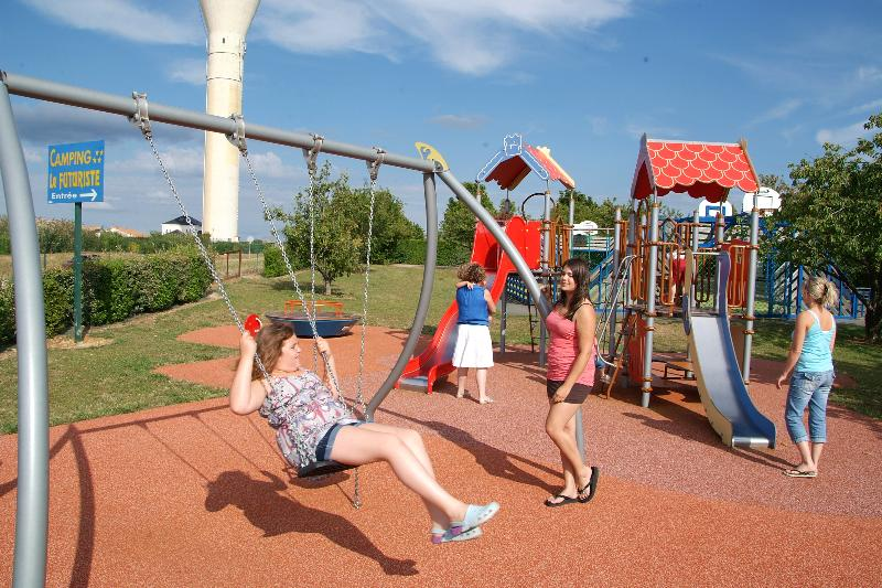 Leisure Activities Camping le Futuriste - St Georges Les Baillargeaux