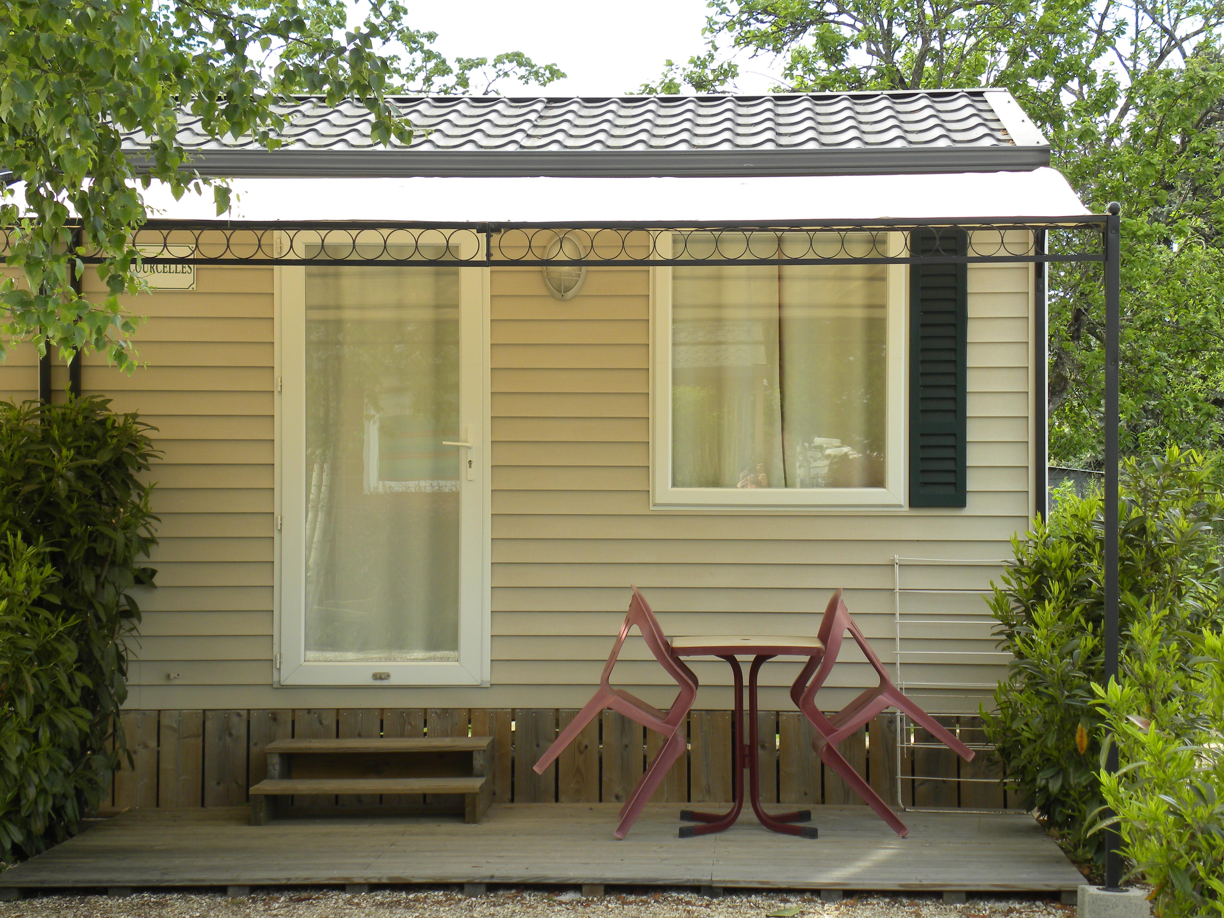 Mobil-home COURCELLES 16m2 - 1 chambre / terrasse