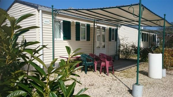 Mobil-home CHESNAIE 27m2 / 2 chambres - terrasse couverte 4 pers.