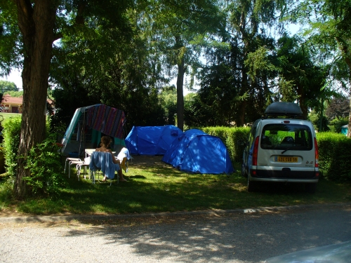 Pitch Of 100M² + Car - Camping 4 Stars