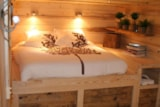 Rental - Ecolodge - 20 sqm (terrace) - 1 bedroom - Camping Les Portes Du Beaujolais