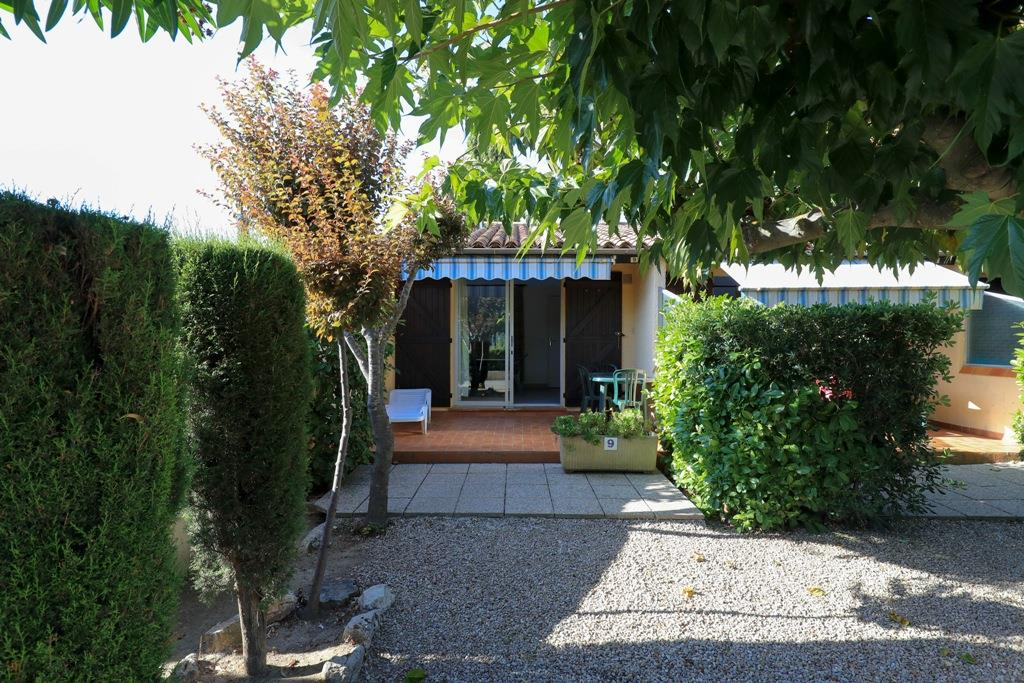 Accommodation - Bungalow Type 1 / 1-2 Adults + 2 Children - Bungalows du Golfe - Camping les Pruniers