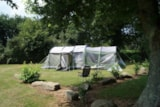 Pitch - Comfort Package (1 Tent, Caravan Or Motorhome / 1 Car / Electricity (10A) - Flower Camping de Kerleyou