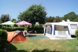 Pitch - New Premium Package + De 140 M² (1 Tent, Caravan Or Motorhome / 1 Car / Electricity (16A) - Flower Camping de Kerleyou