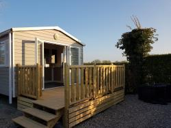 1 bedroom mobile home in LA COTE PICARDE CAMPSITE at 400m with free access to la baie de somme campsite