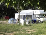Pitch - Package: Pitch for 1 car + tent or caravan - Camping La Prairie