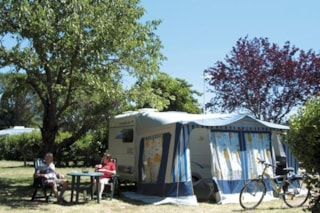 Pitch: for 2 adults with a car + tent/caravan or camping-car+ electricity