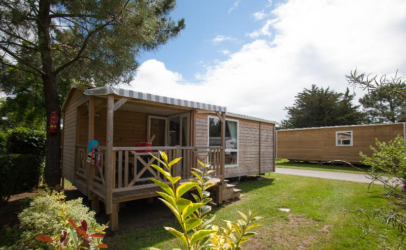 Location - Mobil Home Loggia Tv 2 Chambres 30M² - Camping Les Bruyères