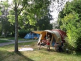 Pitch - Nature Package (1 Tent, Caravan Or Motorhome / 1 Car) - Flower Camping Le Paluet